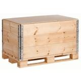 caixa de madeira com dobradiça São Pedro
